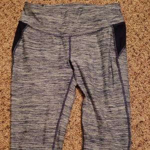 Navy Blue Danskin Now Capri Athletic Pants